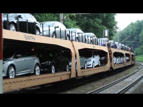 DB Car Transporter train with brand new Ford automobiles 22 06 15