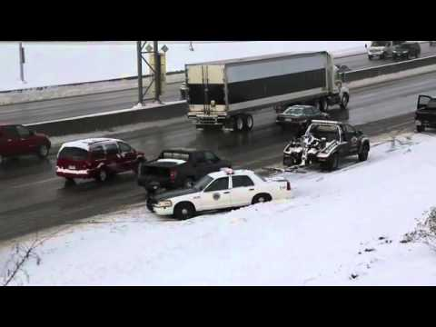 Des Moines Police car spins out of control in traffic accident