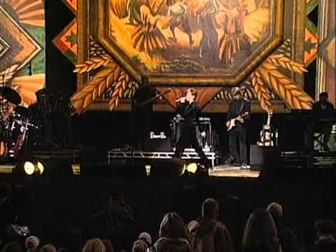 Martina McBride - Two Bottles of Wine (Live at Farm Aid 1998)