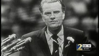 Family confidant says Billy Graham was ready to be with God in final days