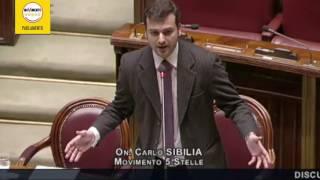 Crac Mps: Carlo Sibilia (M5S) dà del fesso a Renzi in aula
