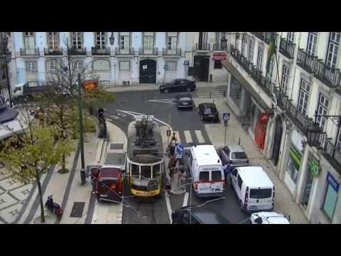 """Alquileres apartamentos Lisboa : """" Chiado Apartments """" : Praca de Luis de Camoes."""