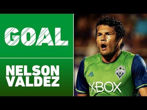 GOAL: Nelson Valdez scores the winning goal for the Sounders