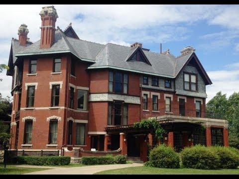 12 Best Tourist Attractions in Iowa USA
