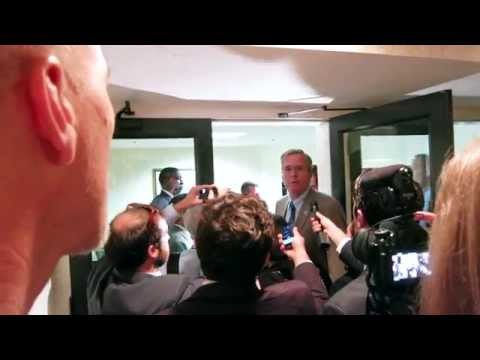 Jeb Bush Calls for Reducing Carbon Emissions - Climate Change & Pope Francis