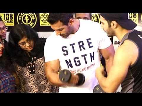 John Abraham & Varun Dhawan's Gym Bodybuilding Workout Tips
