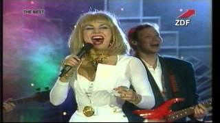 Маша Распутина - Играй, музыкант (in stereo) 94y.(, 2014-03-16T01:44:10.000Z)