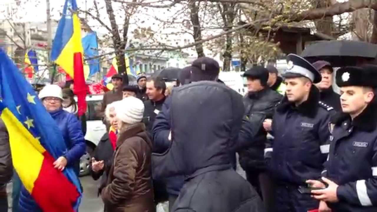 Marșul unionist a făcut prima escală la Ambasada României