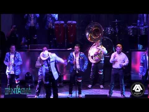 La Vida De Rancho El Fantasma Ft. Banda Estampa Sinaloense (En Vivo Desde Las Pulgas 2016)