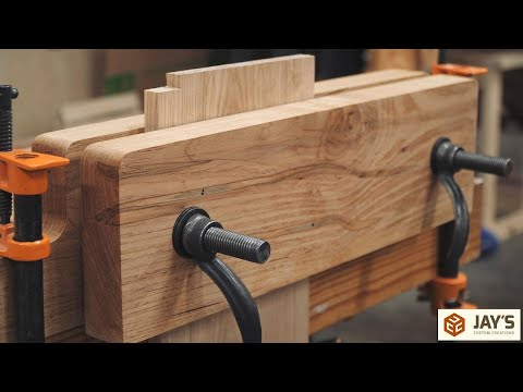 A Handy Workbench Accessory - The Moxon Vise