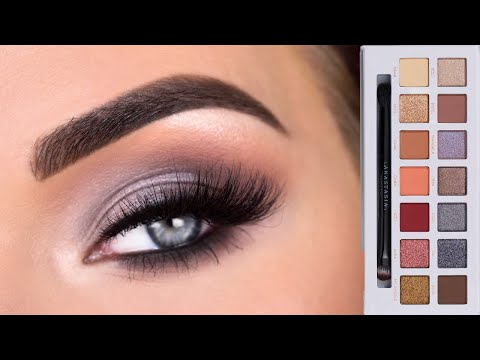 ABH x CARLI BYBEL PALETTE | Cool Toned Eyeshadow Tutorial thumbnail