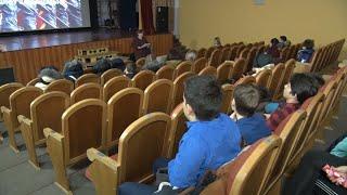 Урок профориентации для старшеклассников провел военный комиссар района