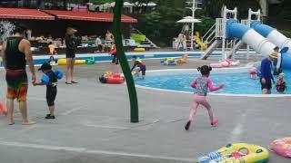 나현이 워커힐수영장