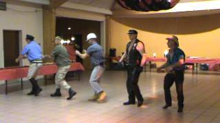 Reveillon 2012 : chorégraphie YMCA 2