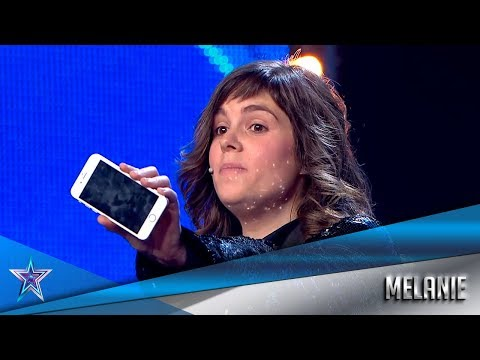 MAGICIAN STEALS Information From The Jury's CELL PHONES  | Auditions 1 | Spain's Got Talent Season 5