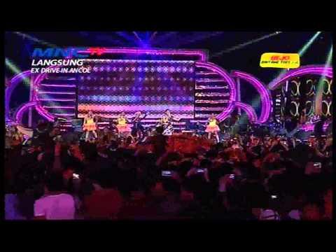 Sensasi 2015 MNCTV - Jenita Janet feat Selfi Nafilah