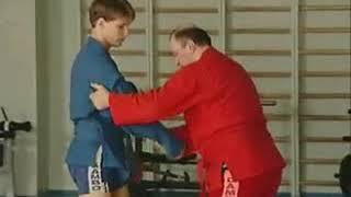Уроки самбо Гончаров 14   Передняя подножка на пятке
