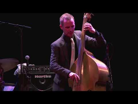 "Clovis Nicolas' Walking Bass Solo on ""The Bridge"""
