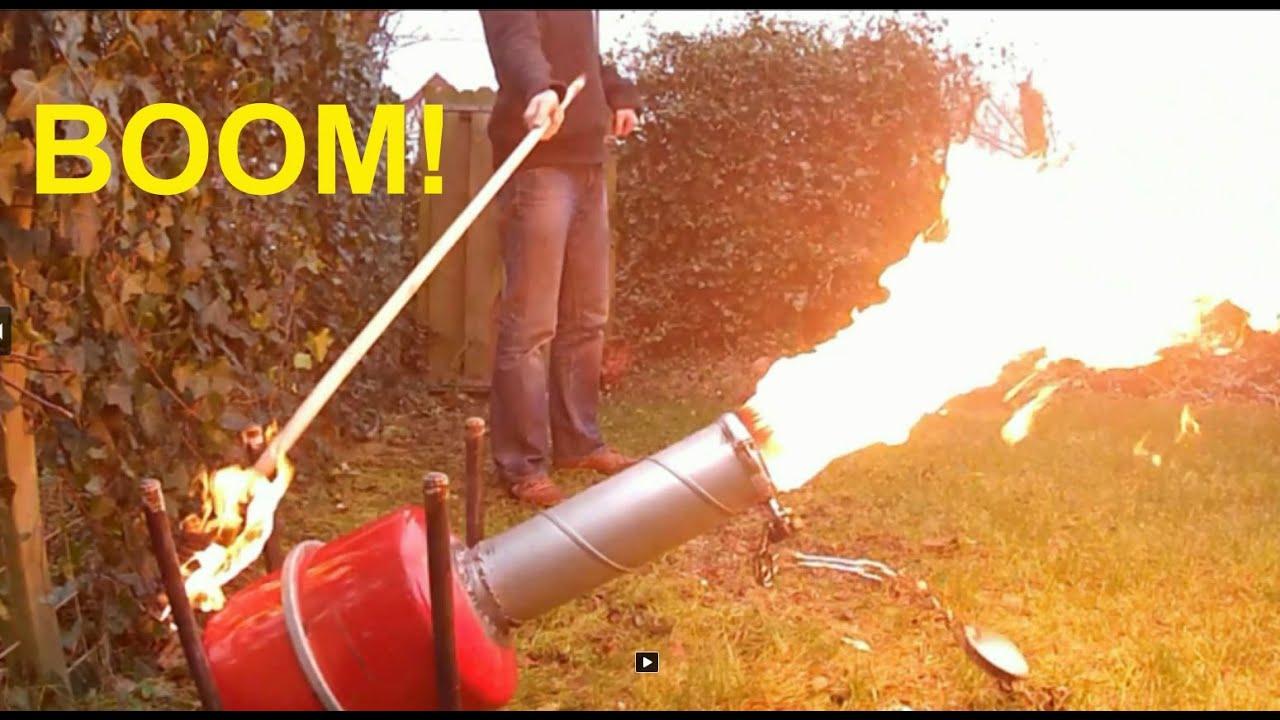 Playing with Calcium Carbide. Carbid schieten - YouTube for Calcium Carbide Lamp  156eri