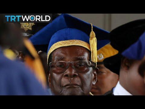 Zimbabwe Power Play: Pressure mounting on Mugabe to step down