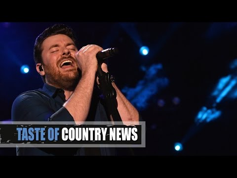 """Chris Young's """"Losing Sleep"""" - The Sexy New Single"""