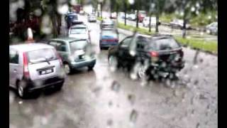 Larkin Rain2 08122008092