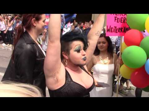 CSD München - Politparade 2017 (5/5): CSD Party XXL, TransMann, Merkel Air, Claudia Roth usw.