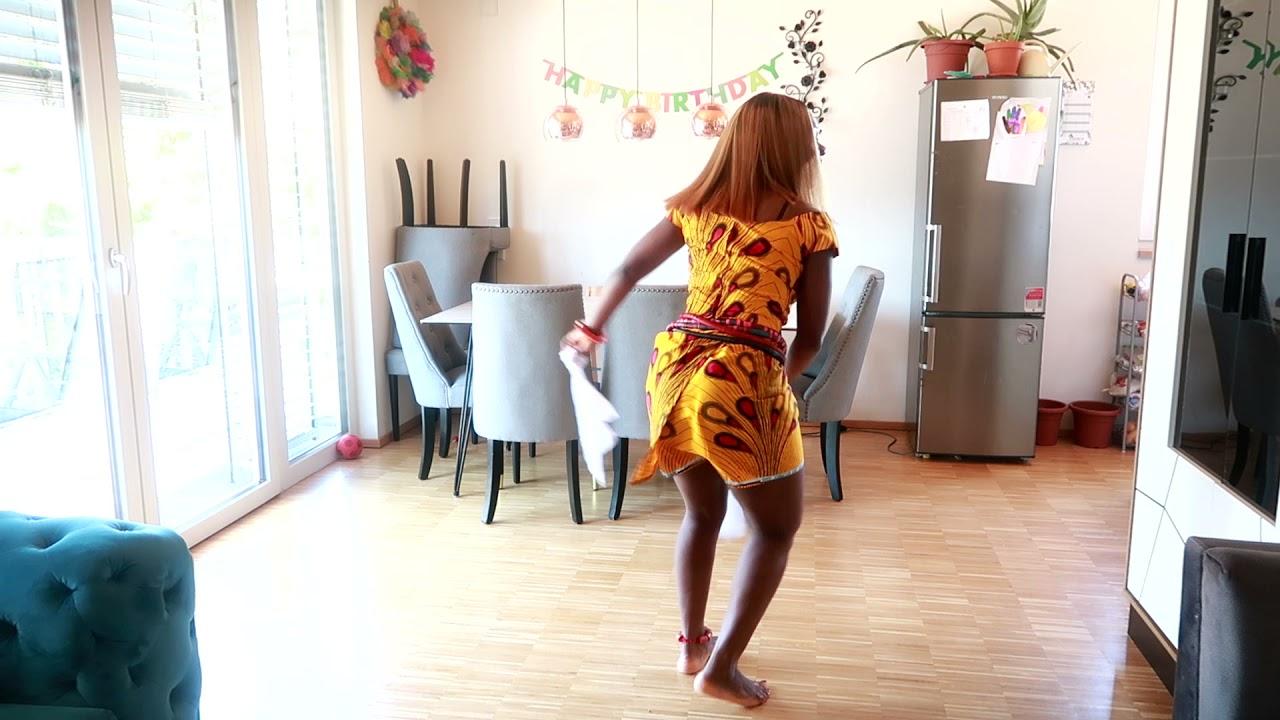 Download Ogbogu Okonji - Ada  Na Eqwu Azu - HIghlife Music 2019 Dancing by Rita Amayo
