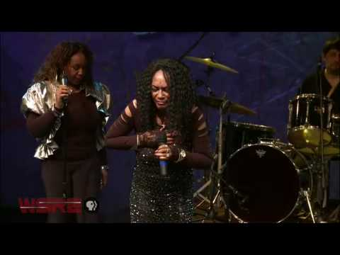 Gwen McCrae and The Blue Daze Tour Band | StudioAmped | WSRE
