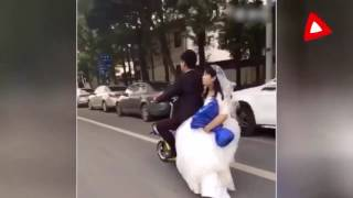 Жених на мопеде потерял невесту