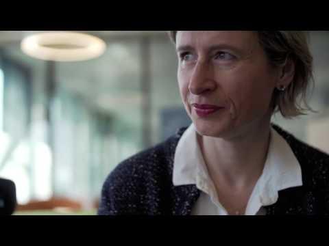 Corinne Santschi über das CAS Digital Marketing Spezialist/-in