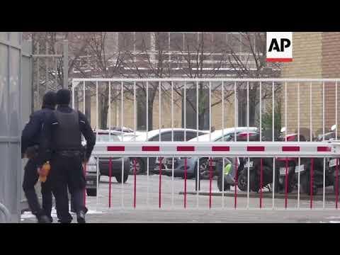Chris Brown released in Paris after rape complaint Mp3