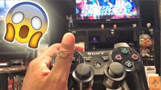 PLAYING PLAYSTATION IN A RESTAURANT!