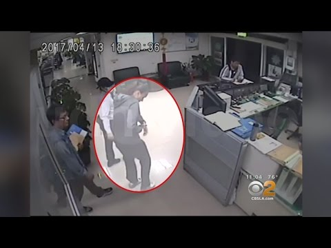 Off-Duty Santa Monica Police Officer Boards Mistakenly Boards Flight With Gun