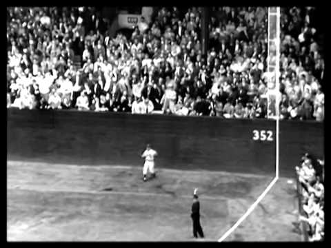 Dodgers lose opening game of series 11-0 1959
