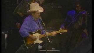 Watch Merle Haggard Footlights video