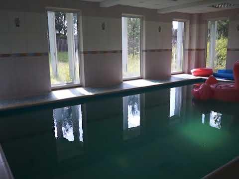 Снять коттедж на сутки с бассейном для загородного отдыха в СПб | Видеообзор|