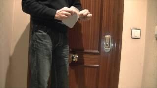 как открыть дверь легко   ✓( www.jobflipo.es )(как открывается дверь без замка., 2013-08-26T19:17:27.000Z)
