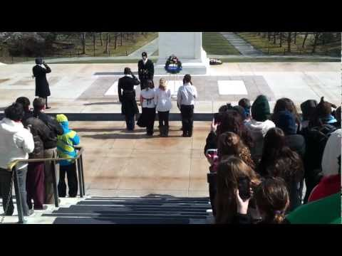 2013.02.17 - Friendship and Grove Jr High School Placing Wreath on Tomb of the Unknown Soldier