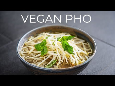 VEGAN PHO RECIPE TO RULE THEM ALL | VIETNAMESE SOUP NOODLE FUH CHAY BROTH (Phở)