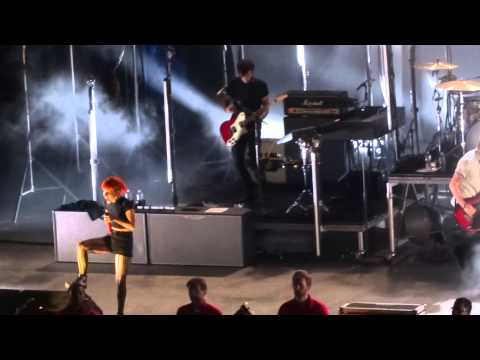"Paramore - ""Miracle"" (Live in San Diego 5-22-15)"