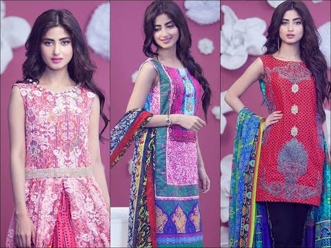 Family Pictures Of Sajal Ali