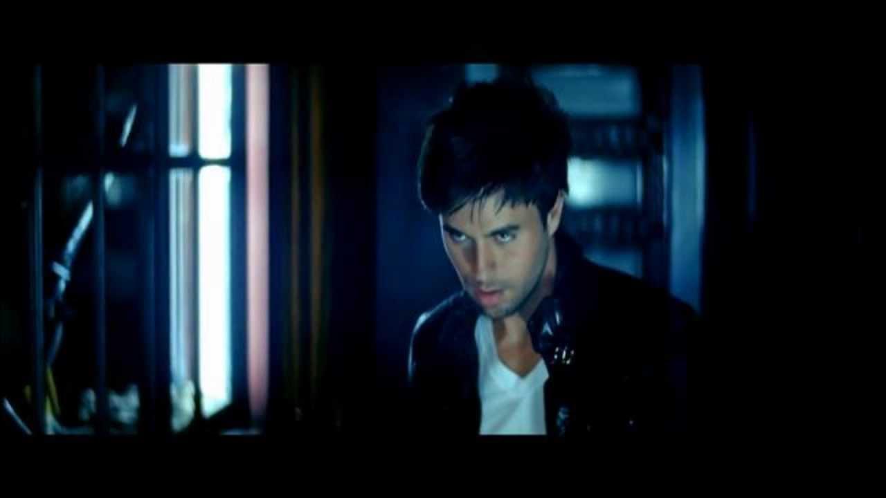 Striptease from Enrique Iglesias 30.06.2010 58