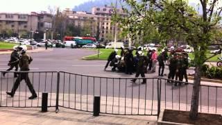 rescate carabinero  plaza italia