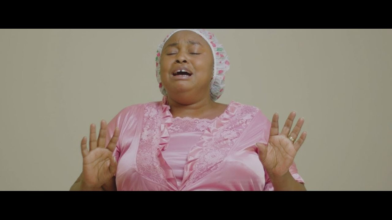 DOWNLOAD: Utabaki Mungu, Official Video 4K by Denise Uwase [2021 Gospel] Mp4 song