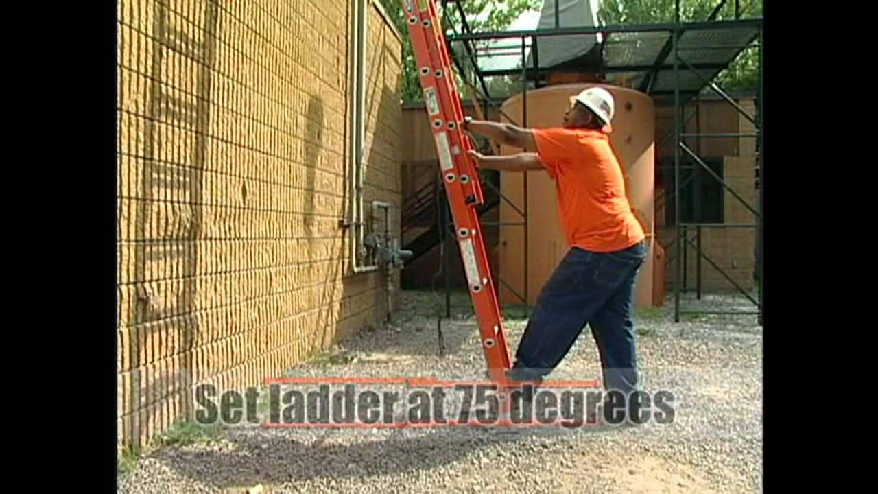 Escaleras uso seguridad campa a humor e for Escaleras de trabajo
