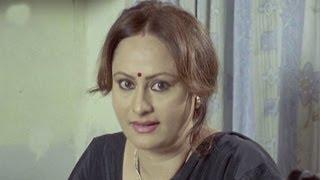 K. Vrushali, Nishikant Phadke  - Mulgi Lagnachi Aahe, Comedy Scene 11/18