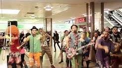 Querbeat-Flashmob im Rhein-Center Köln, Februar 2015