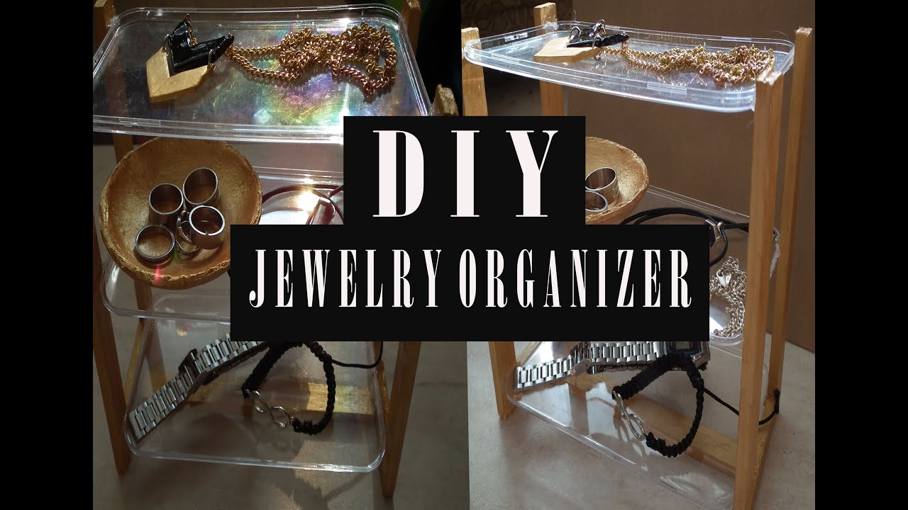 DIY URBAN OUTFITTERS JEWELRY ORGANIZER RECYCLING ROOM DECOR
