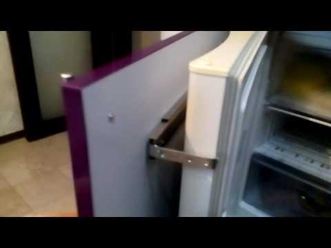 видео: как встроить не встраиваемый холодильник